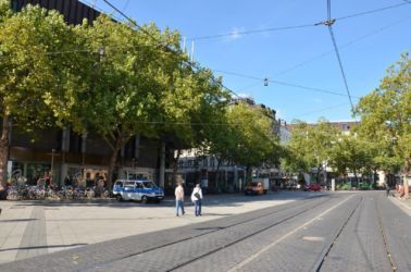 Hannover do centra tramvají, na kole nebo pěšky