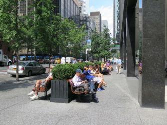 New York posezení na ulici
