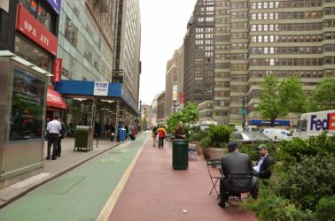 New York pro auta i pro lidi